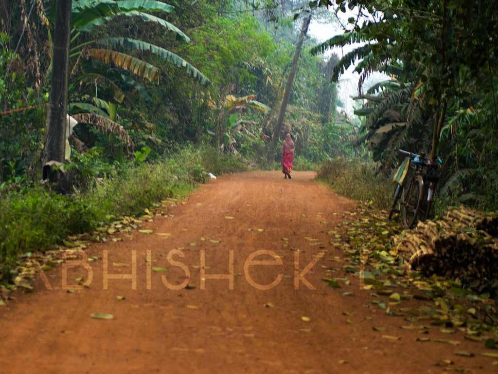 The dusty road of village West Bengal